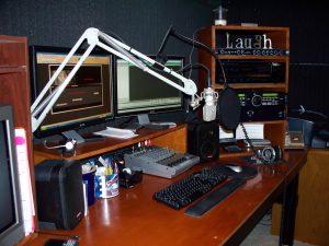 Home Studio  5 Razones por las que contratar a un locutor online HOme Studio